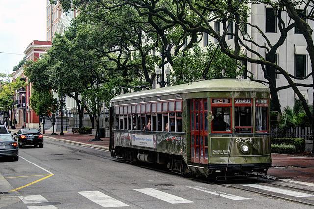 US LA New Orleans RTA Perley Thomas 954 St. Charles-Poydras