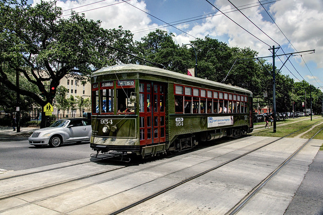 US LA New Orleans RTA Perley Thomas 954 - St Charles-Napoleon