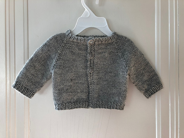 Lise makes such beautiful baby knits! This one is Bluebell Cardigan by schneckenstrick using Berroco Ultra Alpaca Light.