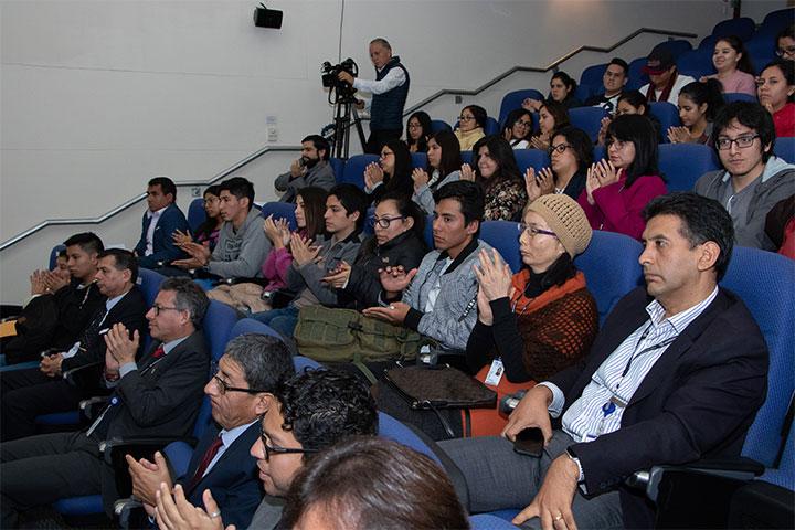 Conferencia magistral en USIL con World Trade Center