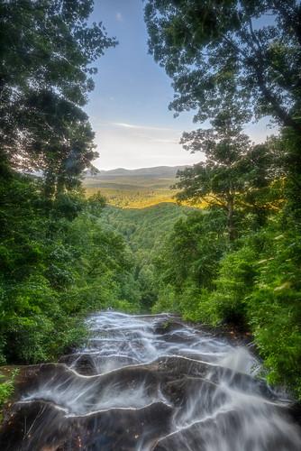dawsonville georgia unitedstatesofamerica dahlonega ellijay usa ga northgeorgia mountains waterfalls forest treea landscape nature stream statepark park lodge