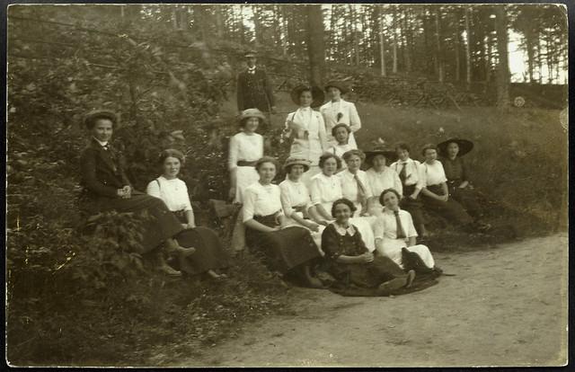 Archiv T277 Ausflug der jungen Frauen, 1920er