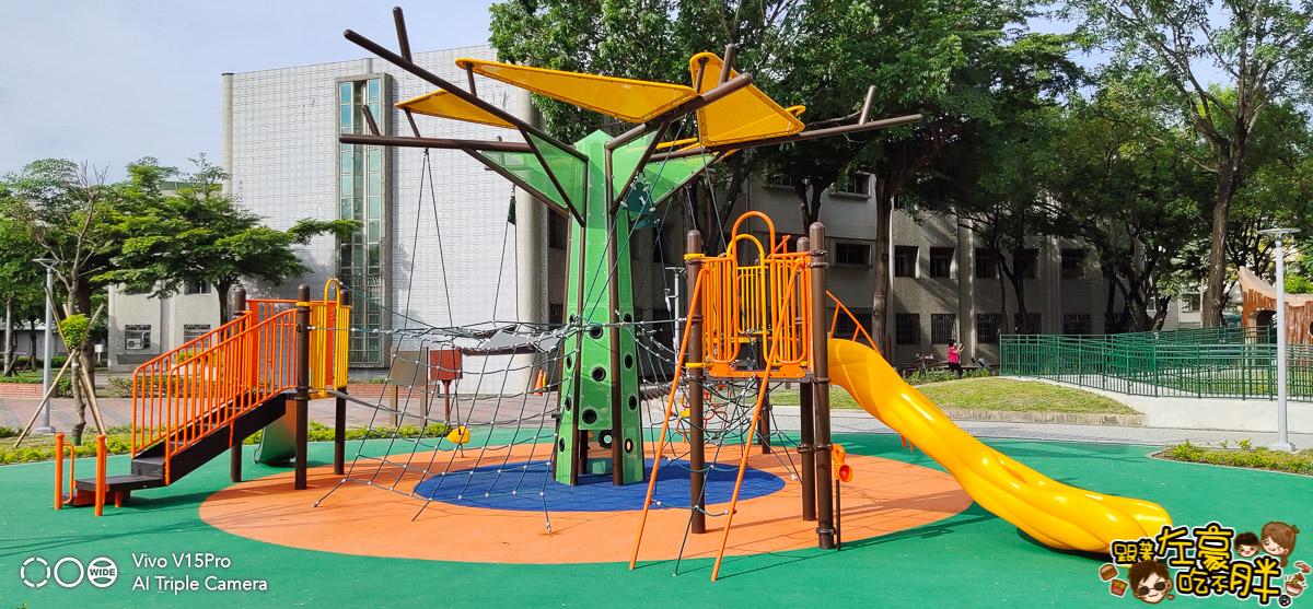屏東和平公園共融遊戲場-8