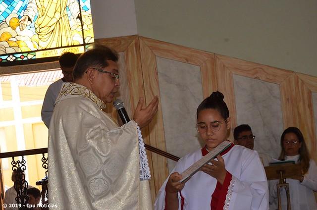 Paróquia de Ipu celebra missa de Corpus Christi