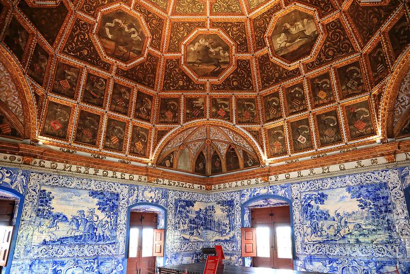 Azulejo room