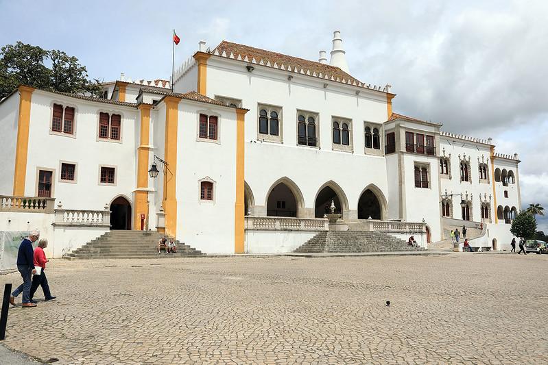 Sintra National Palace, entrance