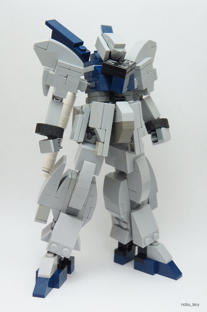 MSN-06S Sinanju Stein (custom built Lego model)