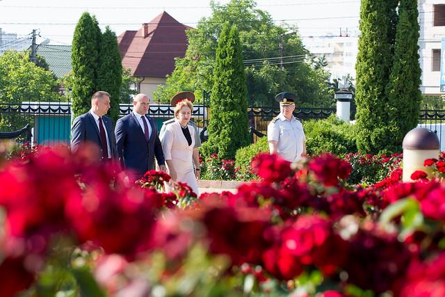 22.06.2019 Depunere de flori în memoria victimelor fascismului.