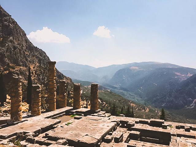 · Templo de Apolo · Oráculo de Delfos · Grecia · Click_Trip ·
