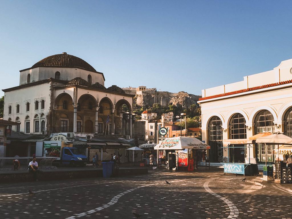 · Plaza Monastiraki a primera hora de la mañana, Atenas ·