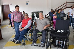 Personas con discapacidad se benefician de ayudas técnicas