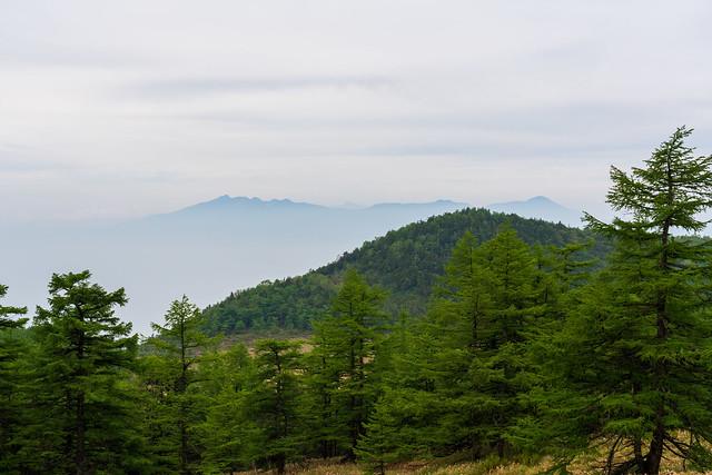 八ヶ岳連峰がうっすら見える