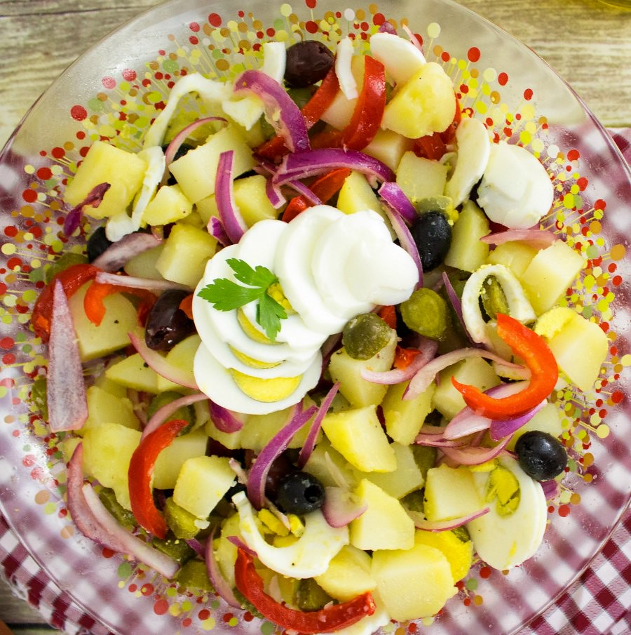 Romanian Cuisine: Winter Salad