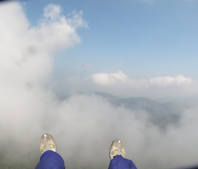 13-04-2014 fred nous montre la route au travers des nuages