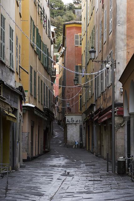 Rue de la Préfecture, Vieux Nice, Côte d'Azur, France