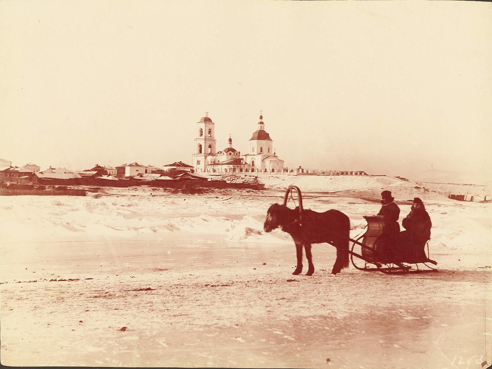 Красноярск.Взгляд на город с реки Енисей
