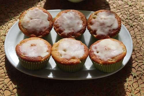 Rhabarber-Muffins (sechs Stück)