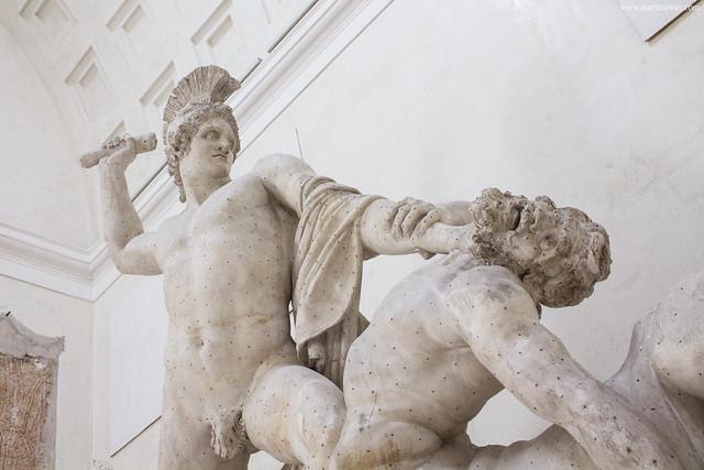Gypsotheca Museo Canoviano: Teseo e il Centauro