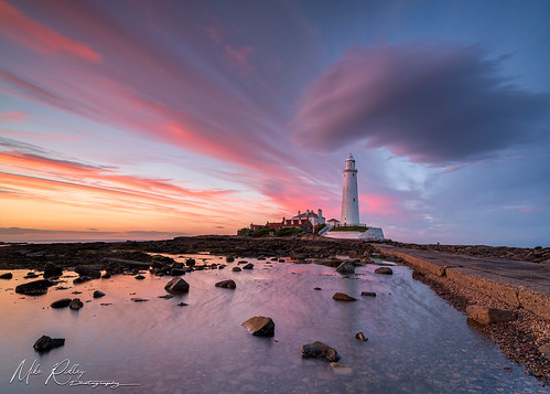 sunset stmaryslighthouse leefilters northeastcoast whitleybay mikeridley sonya7r2 nature blue redsky red
