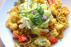 CURRIED PASTA WITH CAULIFLOWER AND CRISP LETTUCE