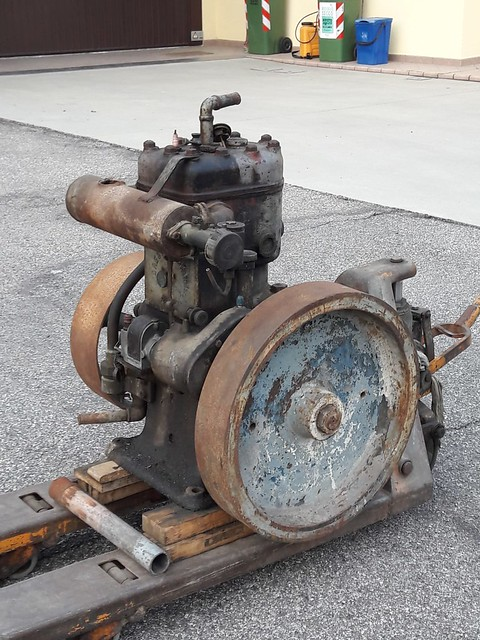 restauration - Restauration moteur ORESTE LUCIANI HP 6/8 48109324601_7e09d45f20_z