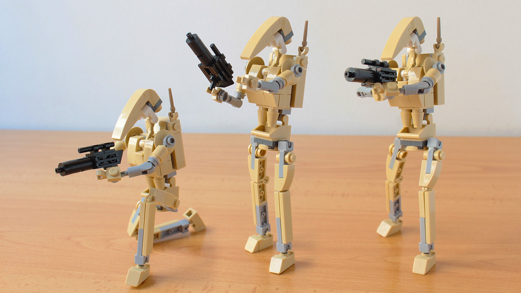 "Build your own ""Roger Roger"" droid from Star Wars [Instructions]"
