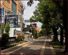 Solo Surakarta Sidewalk 20190323_095323 DSCN3992