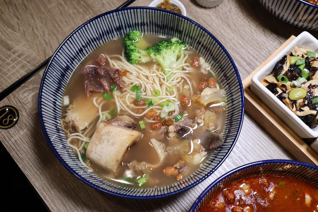 台灣郎正宗牛肉麵 (15)
