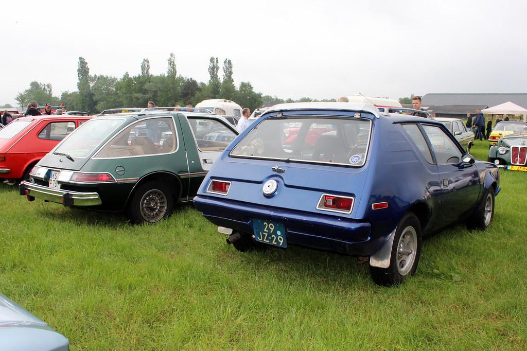 1977 AMC Gremlin and 1978 AMC Pacer DL | 1977 AMC Gremlin an… | Flickr