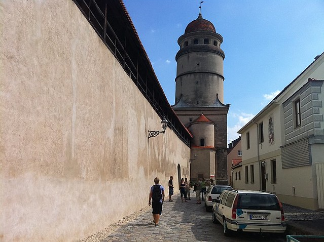 Nördlingen-tower-and-wall