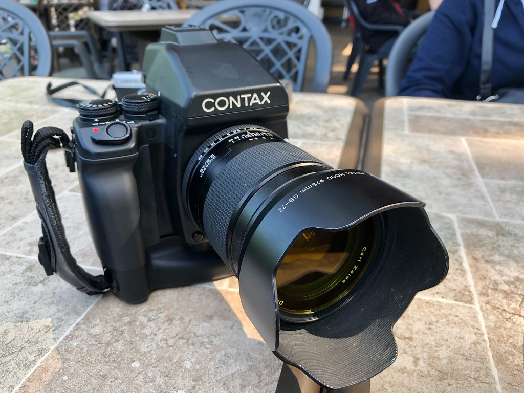 Camera Review Blog No. 108 - Contax 645 AF