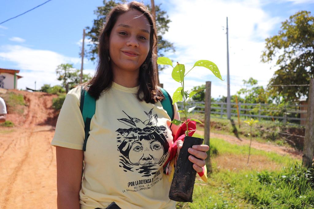 Siembra de árboles en ETCR Carrizal, Remedios, Antioquia. Junio 17/2019