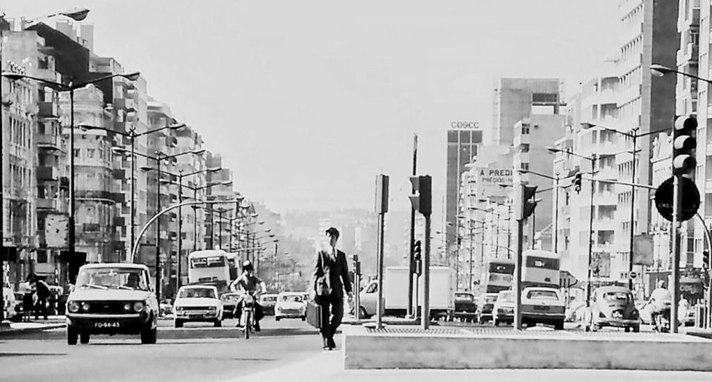 Av. da República, Lisboa, (A. n/id., c. 1980)