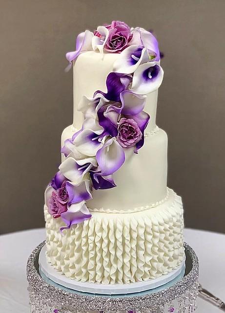 Cake by Miranda's Cake House