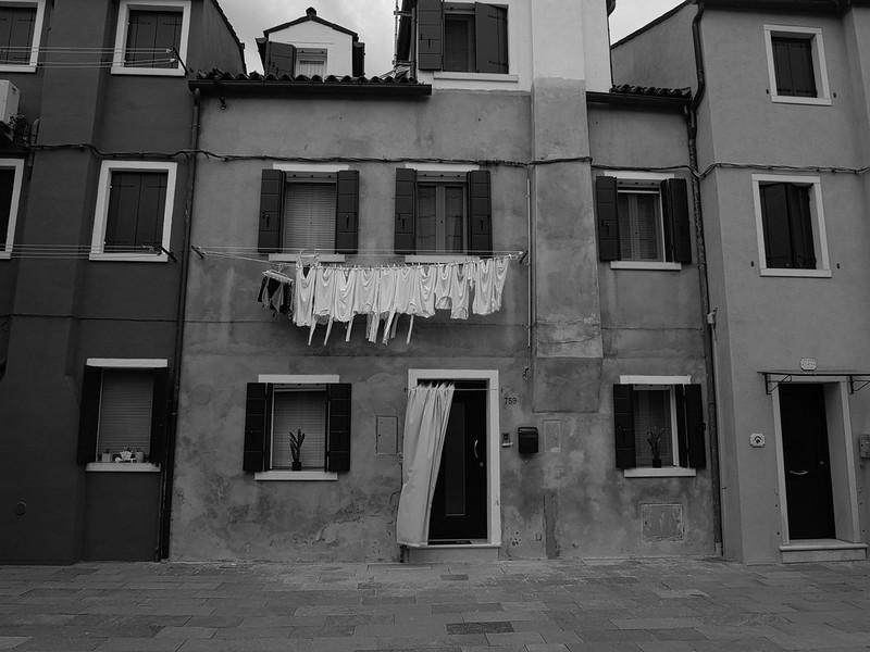 Venise en noir et blanc + Ajouts couleur 48114967456_f00cdb8688_c