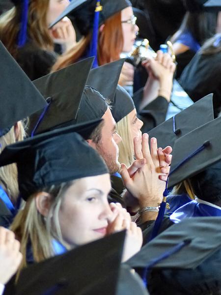 paul à la remise des diplômes