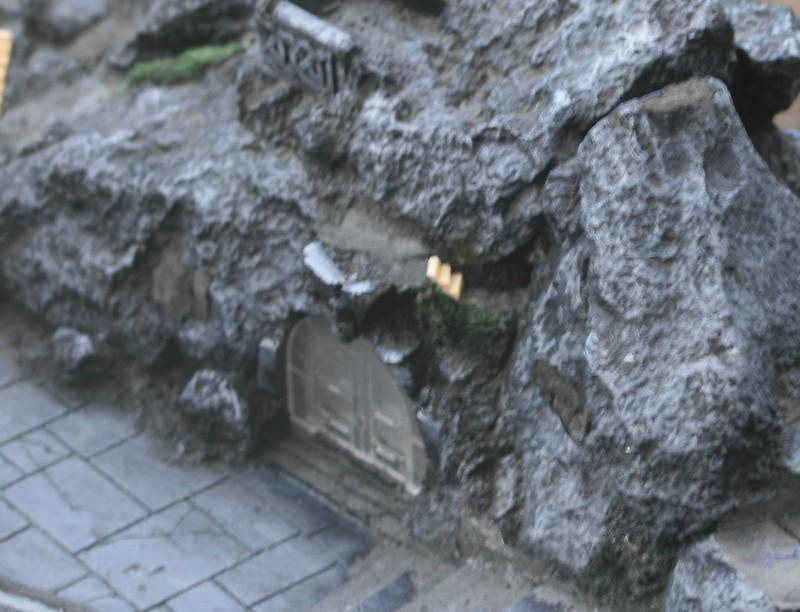 [Nain] Le Dwarf Mountain Stronghold 48116476671_83cb47a7bc_c