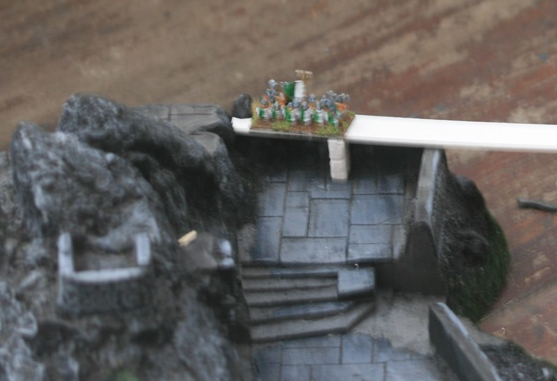 [Nain] Le Dwarf Mountain Stronghold 48116476786_4c1bb176c7_c