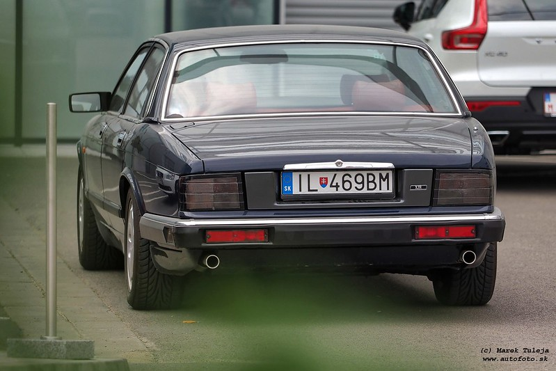 Jaguar XJR XJ40