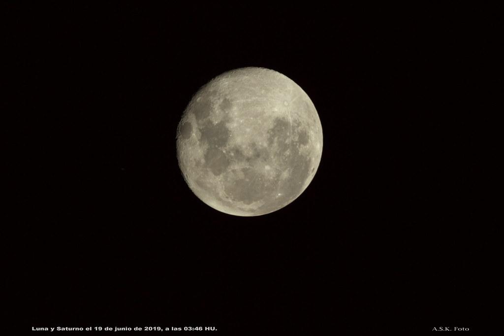 Saturno y Luna después de una ocultación.