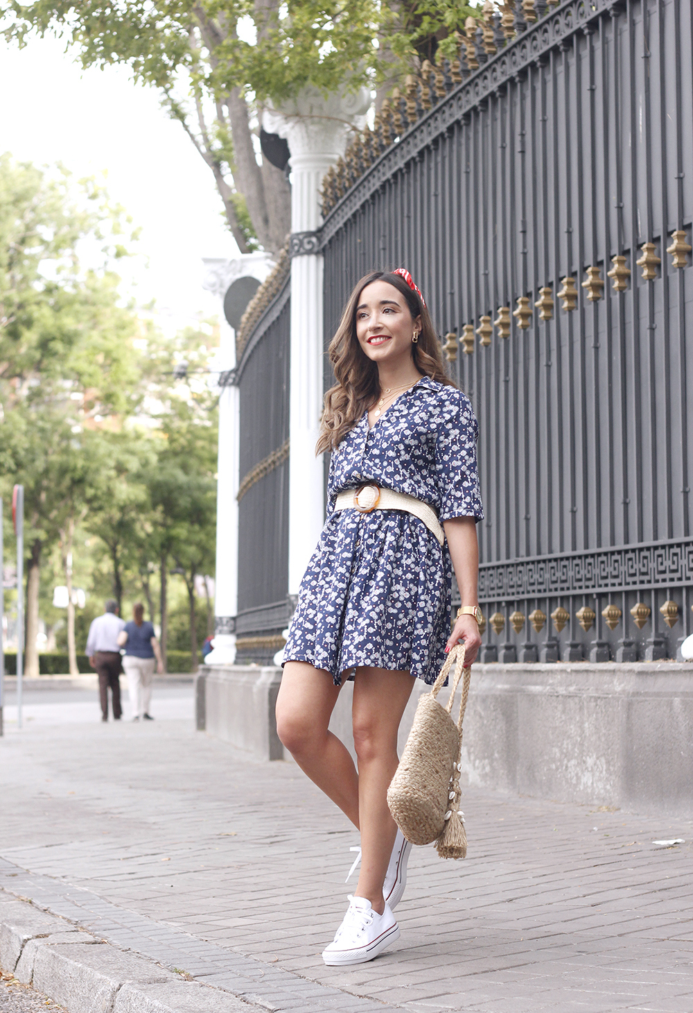 casual printed dress platfrom converse hair scarf street style outfit 20196