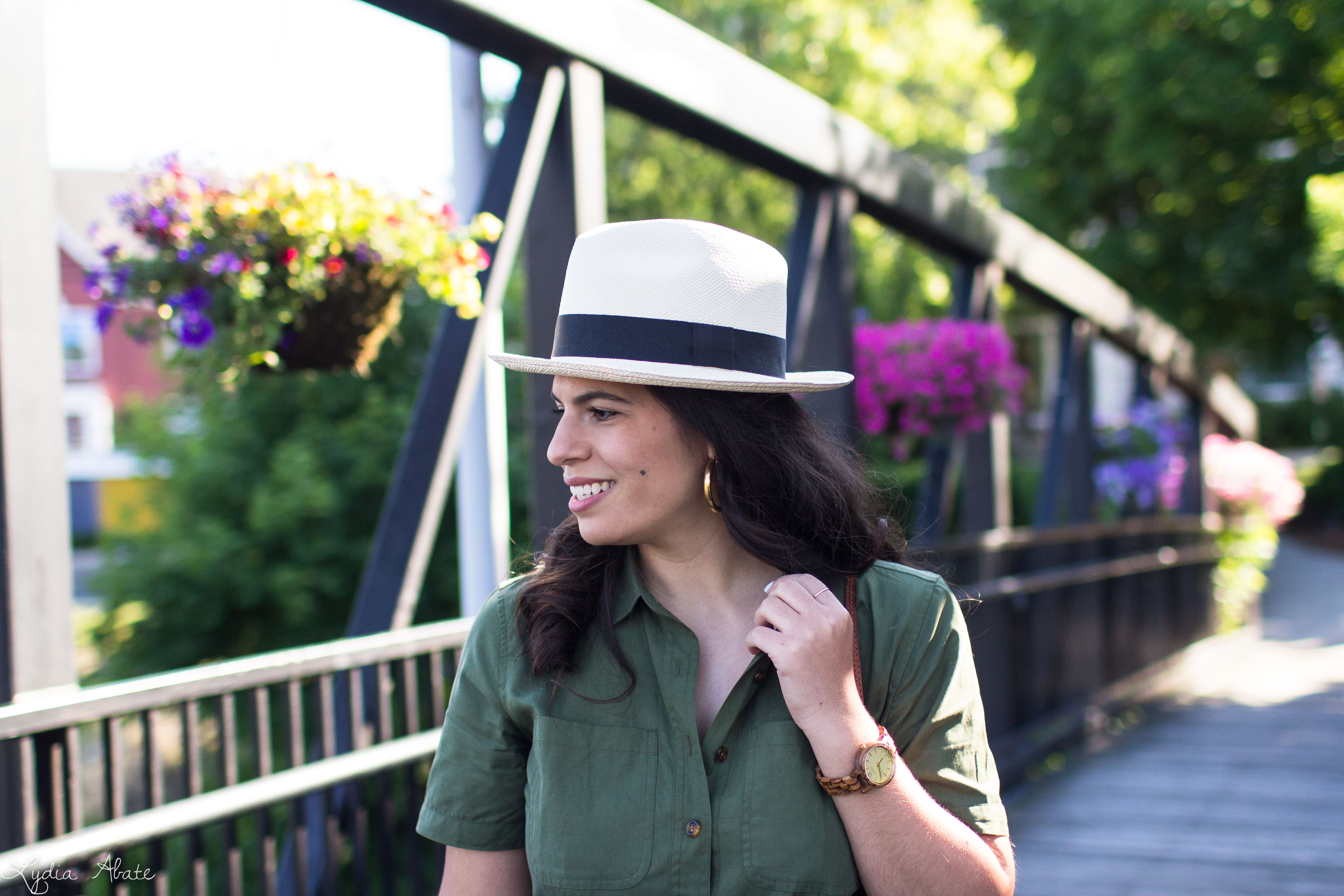 green shirtdress, rust mules, panama hat, round rattan bag-8.jpg