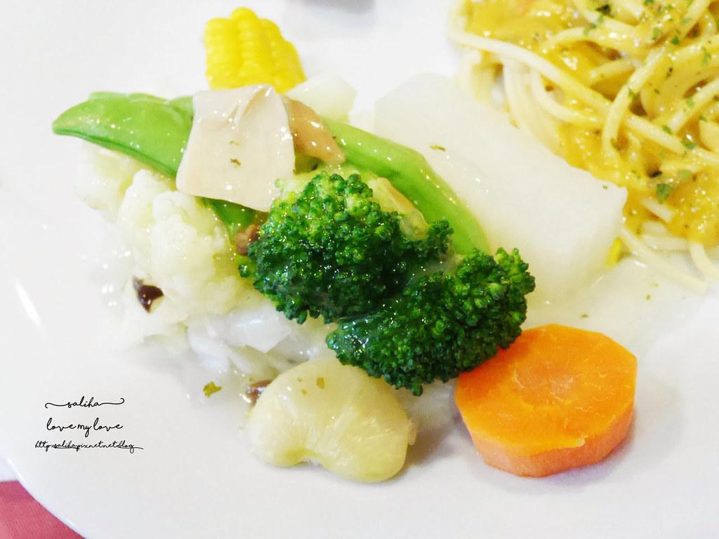 台北文山區木柵全素食蔬食西餐廳老店香屋咖啡義大利麵咖哩飯 (3)