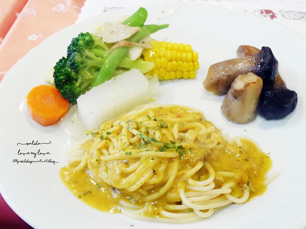 台北文山區木柵全素食蔬食西餐廳老店香屋咖啡義大利麵咖哩飯 (2)