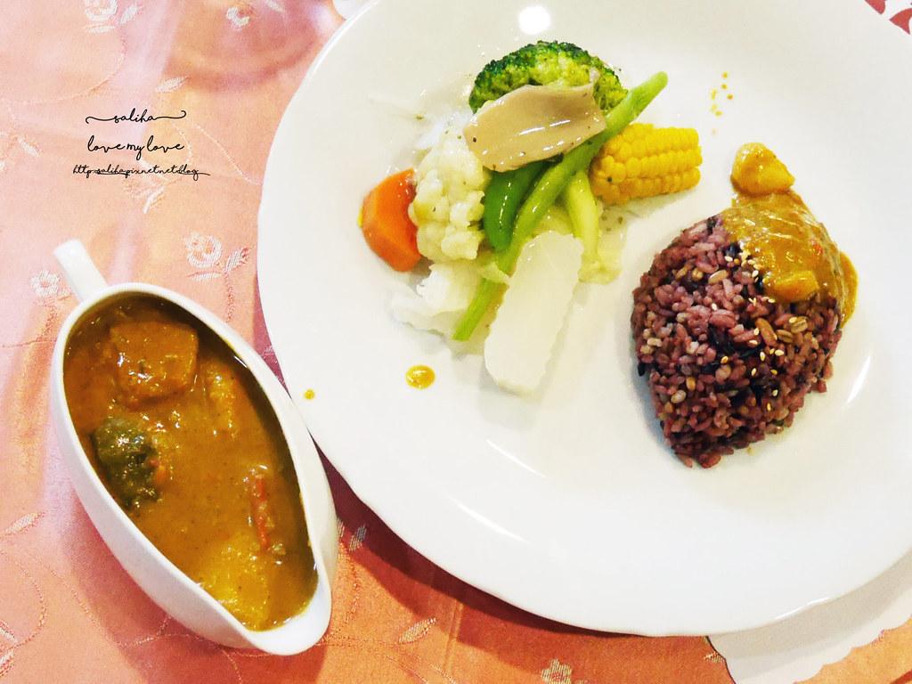 台北文山區木柵全素食蔬食西餐廳老店香屋咖啡義大利麵咖哩飯 (1)