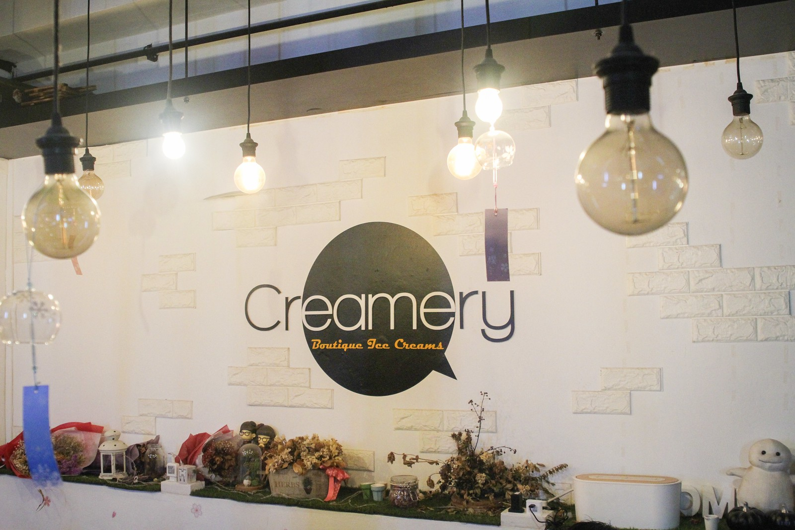 creameryboutiquesign