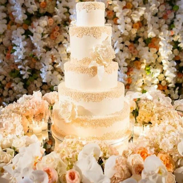 Cake by Nelo_Cakes