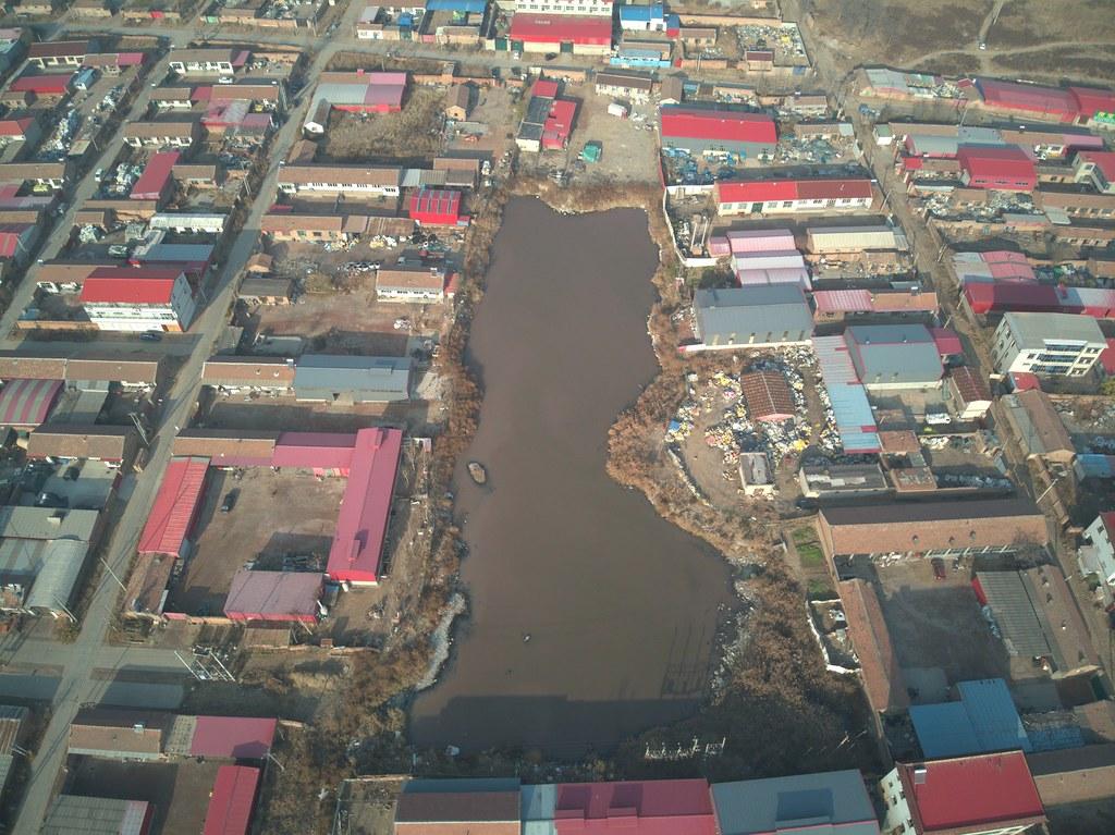 在紀錄片塑料王國當中的農家塑料回收廠,事實上也大量散佈在河北山東農村。圖:董劍提供