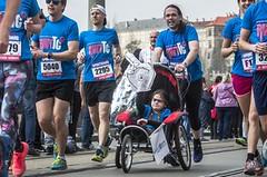 Running With Those That Can't. Pomožte závodit těm, kteří sami nemohou