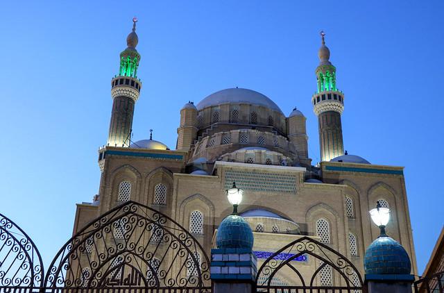 The Jalil Khayat Mosque in Erbil in the evening, Iraqi Kurdistan